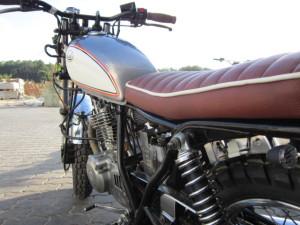 Suzuki GN 250_Scrambler11