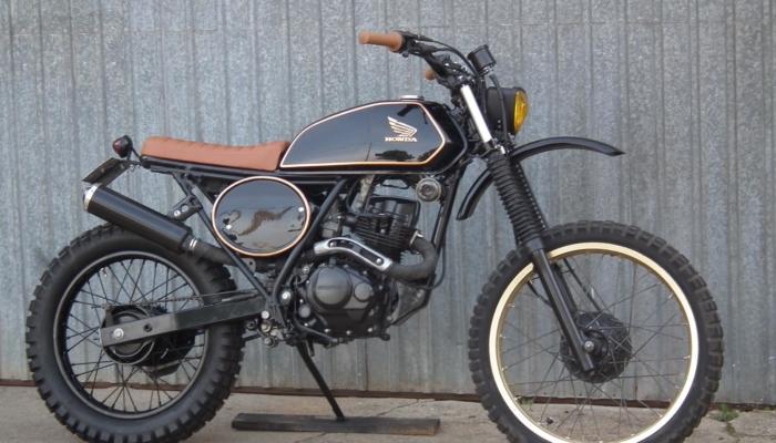 Honda XLR 125 (3)