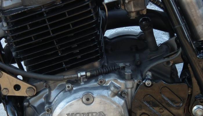 Honda xr 600 (15)